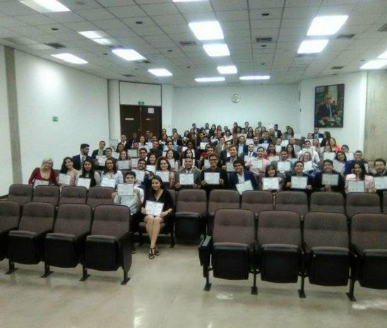 Lidera graduó a 100 jóvenes dispuestos a rescatar la democracia en Venezuela.