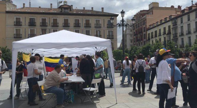 Venezolanos en Madrid muestran su rechazo al Fraude Electoral