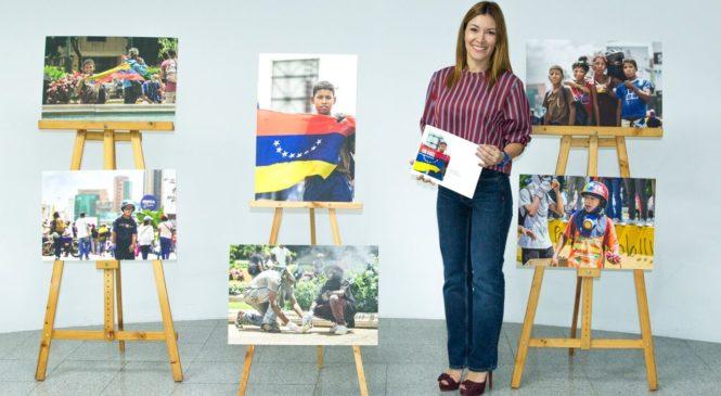 """""""Había una vez un país"""" según el lente de la periodista Patricia Graterón"""