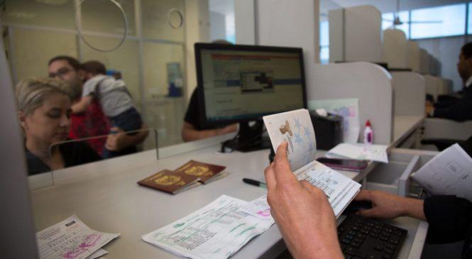 Ecuador dará visa humanitaria a los nómadas venezolanos