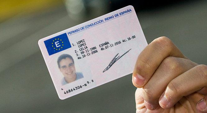 Si estas en España y eres venezolano puedes tramitar tu licencia de conducir en el DGT