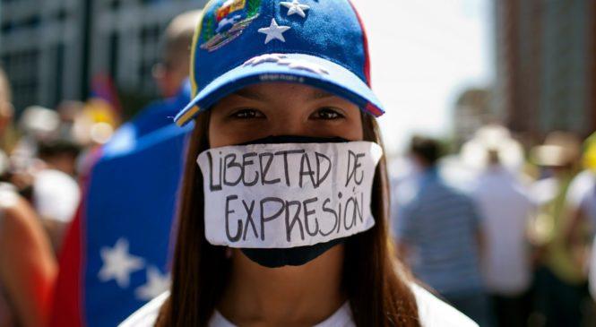 Dictadura 2.0: el informe presentado por la Organización Redes  Ayuda