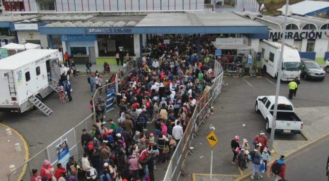 Venezolanos dejaron vacío Rumichaca por medidas de Ecuador