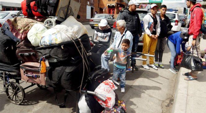 Caminantes venezolanos que ingresan a Argentina subió de 19% a 38,8%