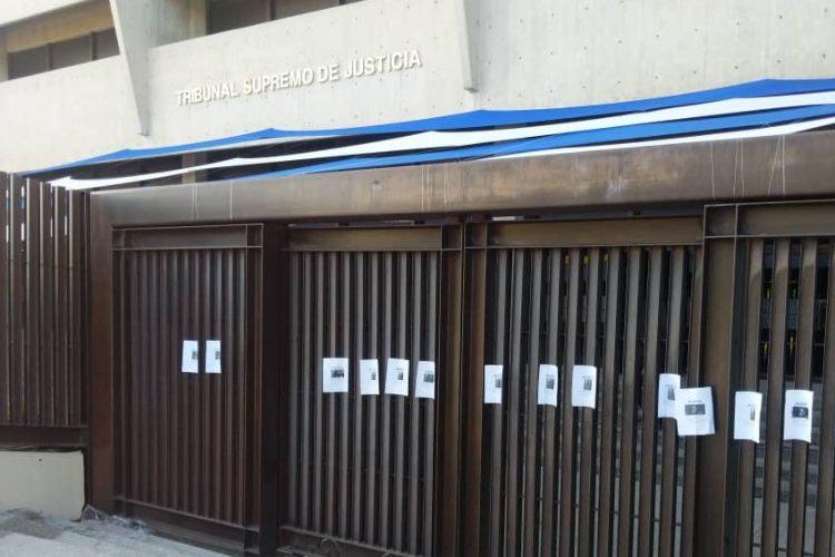 Estudiantes de la UCV van al TSJ