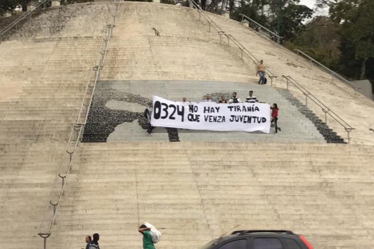 Ucvistas, escaleras de El Calvario