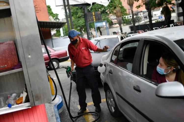 Gasolina en dólares en Venezuela / Foto Cortesía
