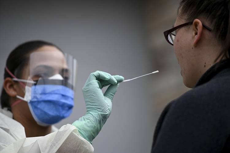 Imagen cortesía. De acuerdo a un recuento hecho por Reuters, EEUU superó los 5.000.000 de casos de COVID-19.