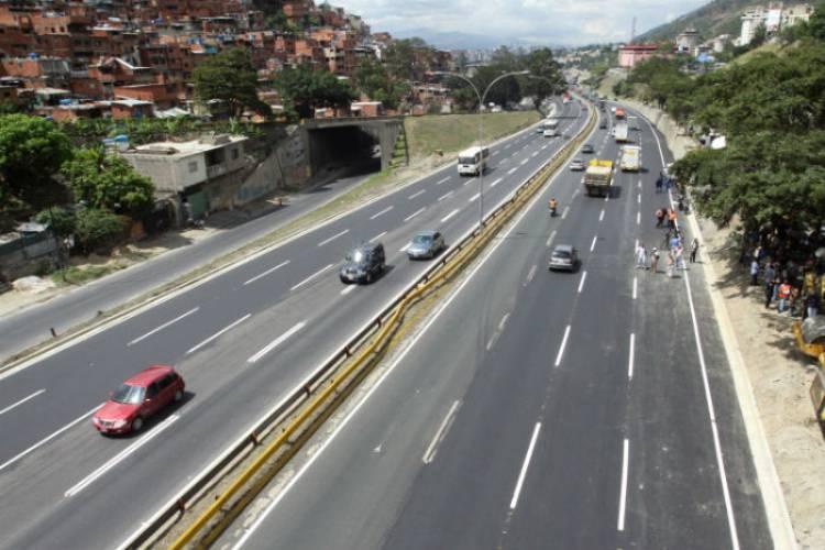 Autopista, Gran Mariscal de Ayacucho