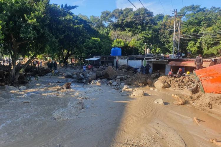 Desbordamiento río El Limón / Foto Cortesía