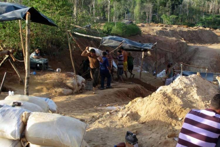Dos geólogos murieron tapiados en Bolívar. Foto: TalCual