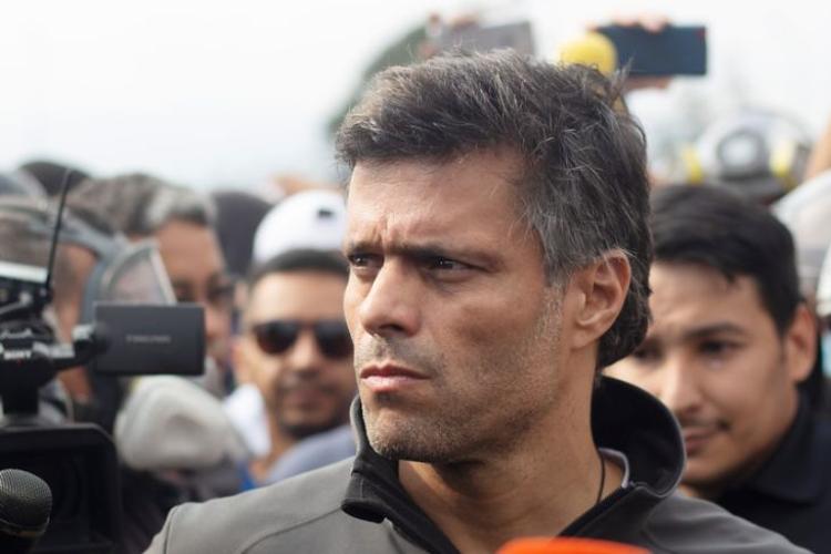 Leopoldo López abandonó Venezuela