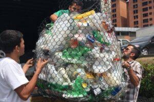 Tapas y botellas por la vida. Foto: Cortesía
