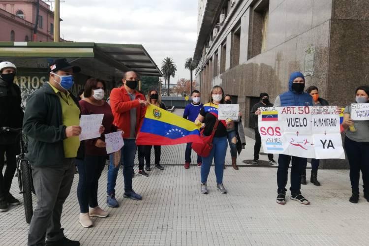 Venezolana en Argentina pide salir del país. Foto: Cortesía