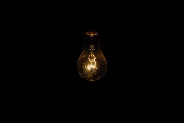 Falla eléctrica se registró este miércoles en varios estados. Foto: Cortesía Pixabay