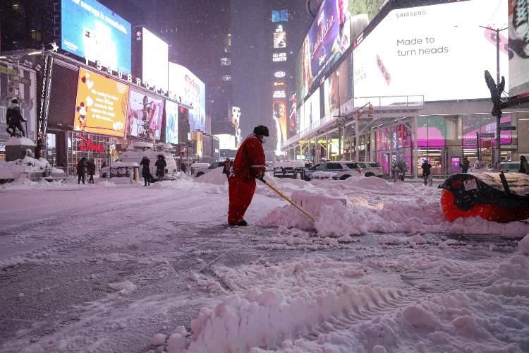 Nueva York padece tormenta invernal. Foto: AFP