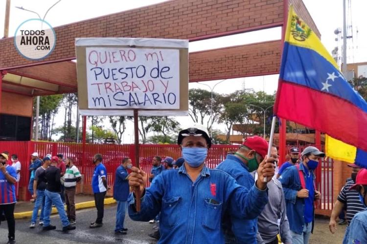 Trabajadores de Guayana reclamaron sus derechos este 4 de febrero. Foto: Todos Ahora. Jessica León