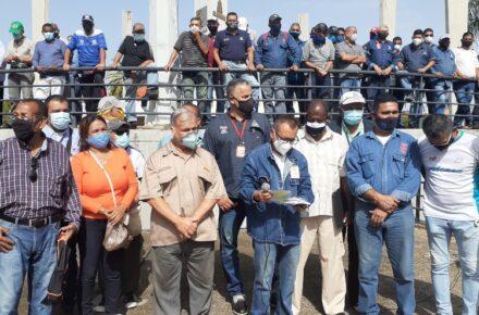 Obreras de las industrias básicas de Guayana