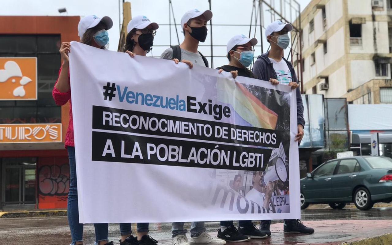 Juventud insular protestó exigiendo respeto a los derechos de la comunidad LGBTQ+