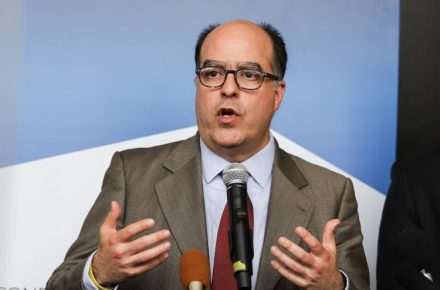 Julio Borges, vacunación