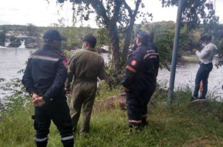 hallaron muerto a dos pescadores