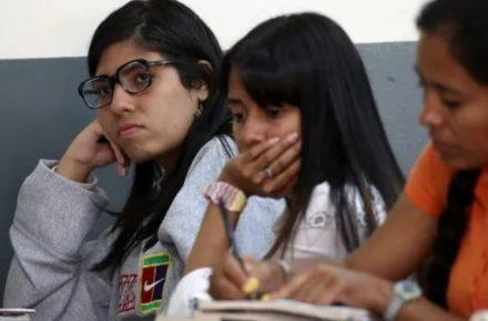 jóvenes venezolanos